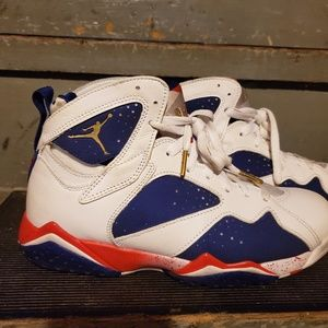 Air Jordan 7 Retro (size 8)